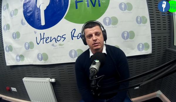 Studijoje kalbinome FK Utenis direktorių Artūrą Gimžauską